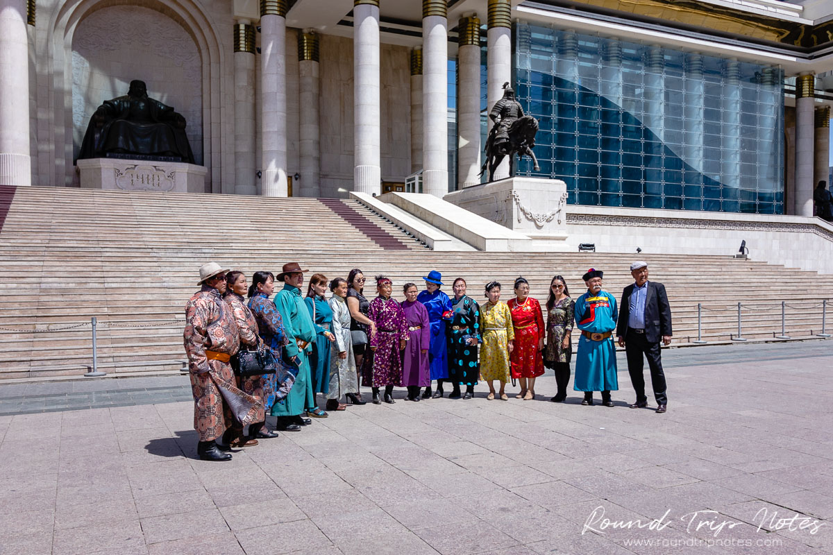 Street Life - Mongolian traditional clothes