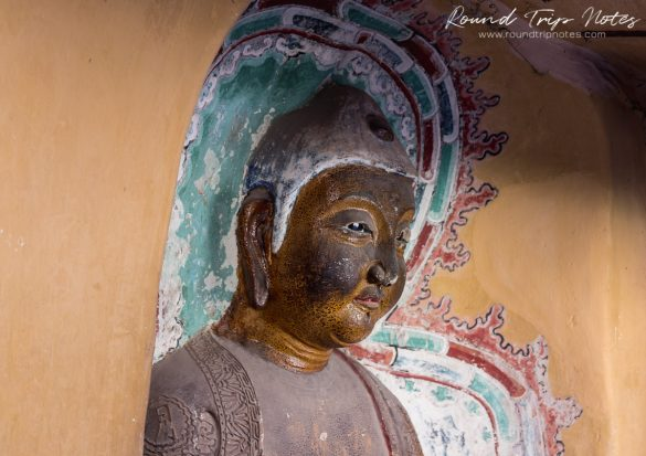 Hanging Temple - Statue